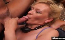 Insatiable MILF assaults cock with her mouth