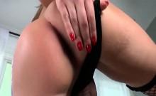 TS Khloe Hart strokes her pretty shecock